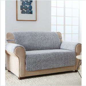 NWT JEFFREY HOME Gray Sherpa Furniture Protector